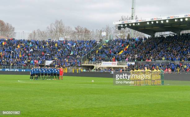 Udinese and Atalanta players observe one minut of silence in memory to coach Emiliano Mondonico during the serie A match between Atalanta BC and...