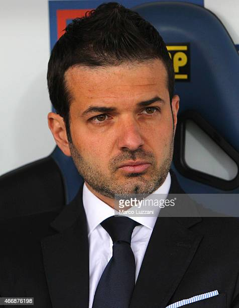 Udinese Calcio coach Andrea Stramaccioni looks on before the Serie A match between Atalanta BC and Udinese Calcio at Stadio Atleti Azzurri d'Italia...