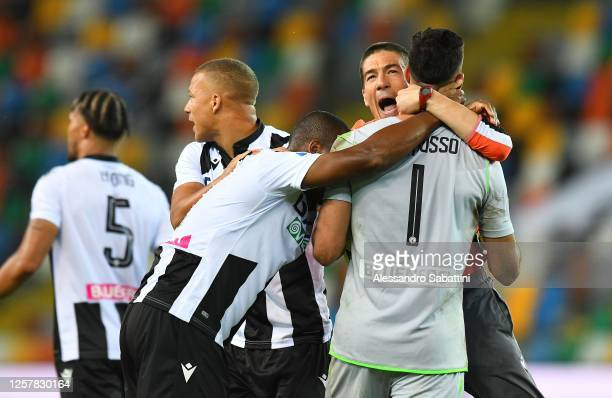 Udinese Calcio players celebrate their victory during the Serie A match between Udinese Calcio and Juventus at Stadio Friuli on July 23 2020 in Udine...