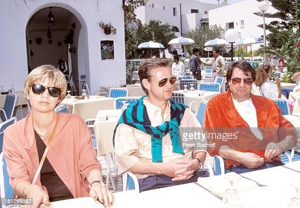 Udo Jürgens Freddy Burger Ehefrau Christine neben den Dreharbeiten zur ZDFReihe Traumschiff Folge 18 Florida Sousse/Tunesien/Afrika Sänger Cafe...