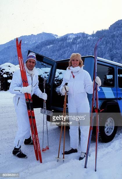 Udo Jürgens Lebensgefährtin Corinna Reinhold Kitzbühel/Österreich Ski Urlaub Auto Winter Promi Foto PBischoff