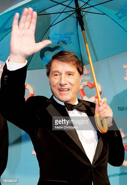 Udo Juergens is seen on on the red carpet during the Udo Juergens`Ich war noch niemals in New York` musical preview December 02 2007 in Hamburg...