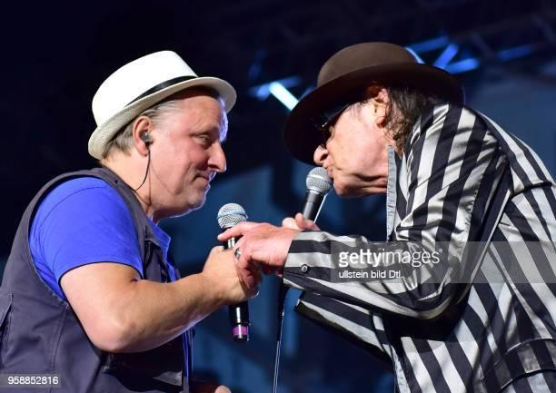 Udo Lindenberg und Axel Prahl Live 2017 am Zusatzkonzert in der Waldbühne Berlin. Nach Berlin kommen und nur einmal vor mehr als 22.000 Zuschauern in...