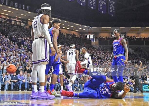 Udoka Azubuike of the Kansas Jayhawks goes down with an injury during the first half against the Kansas State Wildcats at Bramlage Coliseum on...
