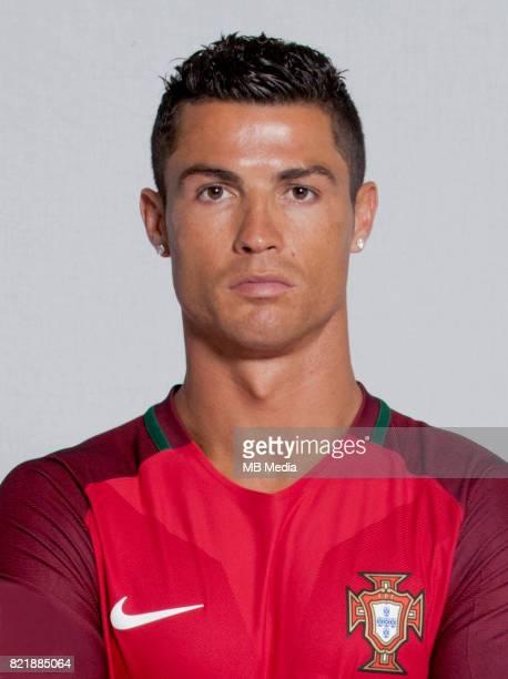 Uefa World Cup Fifa Russia 2018 Qualifier / nPortugal National Team Preview Set nCristiano Ronaldo Dos Santos Aveiro