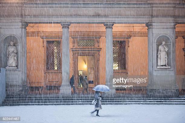 Uffizi courtyard under the snow