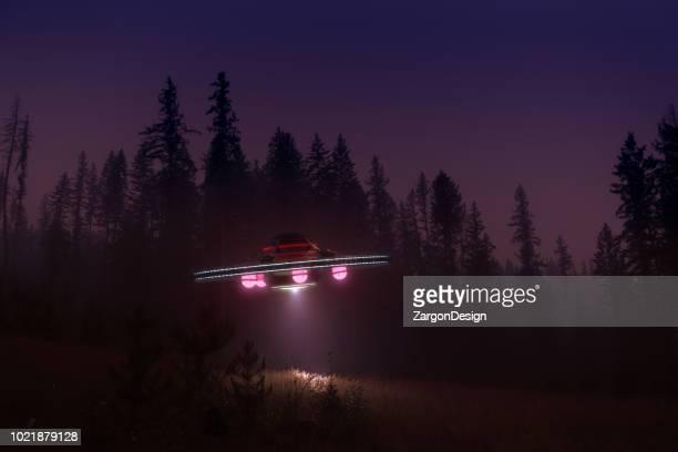 ovni à noite - disco voador - fotografias e filmes do acervo