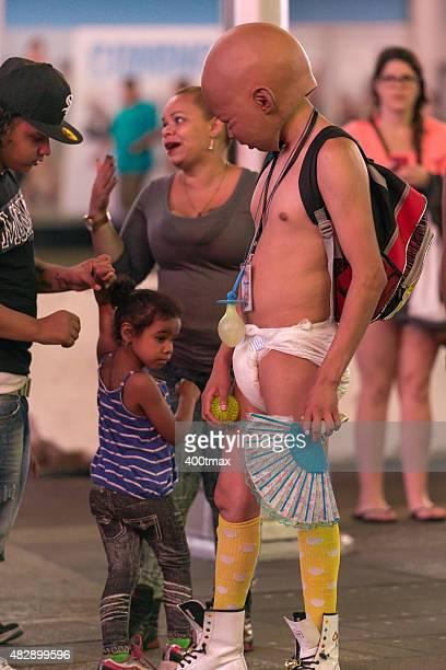 molde bebê - ugly baby - fotografias e filmes do acervo