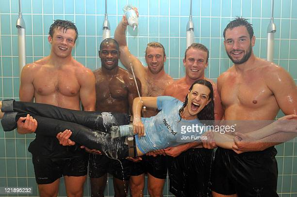 Ugo Monye Will Skinner Chris York Chris Robshaw Sam Twomey of Harlequins pose with Nicole Kurz during an event to support the Method 'Share A Shower'...