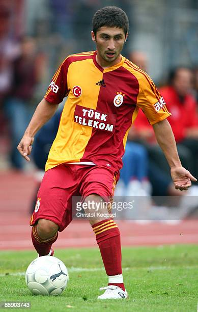 Ugur Ucar of Galatasaray runs with the ball during the Zayon Cup match between Galatasaray Istanbuch and Wydad AC Casablanca at the Lorheide stadium...