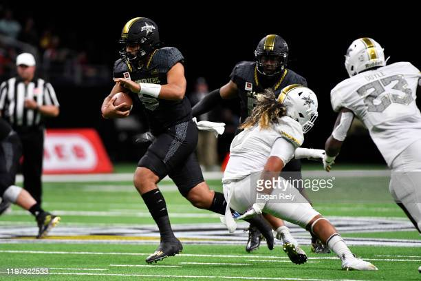 Uiagalelei of East team rushes against the West team during the first half of the AllAmerican Bowl held at the Alamodome on January 04 2020 in San...