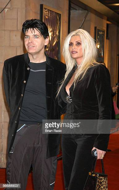 Uk Music Hall Of Fame Induction Ceremony Hackney Empire London Britain 11 Nov 2004 Gary Numan And Wife Gemma