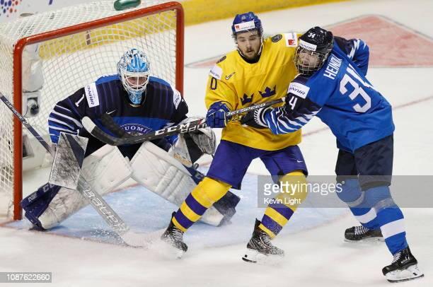 Ukko-Pekka Luukkonen of Finland versus Sweden at the IIHF World Junior Championships at the Save-on-Foods Memorial Centre on December 26, 2018 in...
