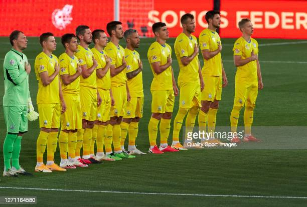 Ukraine players line up for the National Athem ahead of the UEFA Nations League group stage match between Spain and Ukraine at Estadio Alfredo Di...