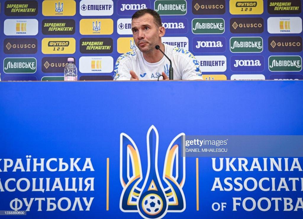 FBL-UKR-EURO-2020-2021-PRESSER : News Photo