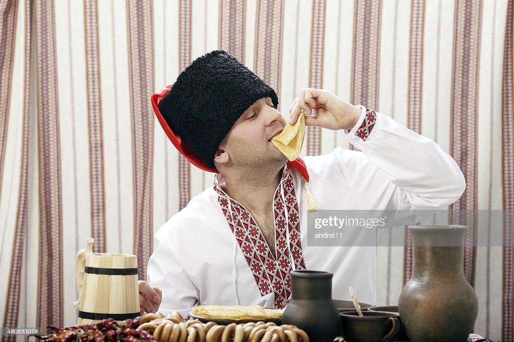 Ukrainian Cossack in national clothes : Stockfoto