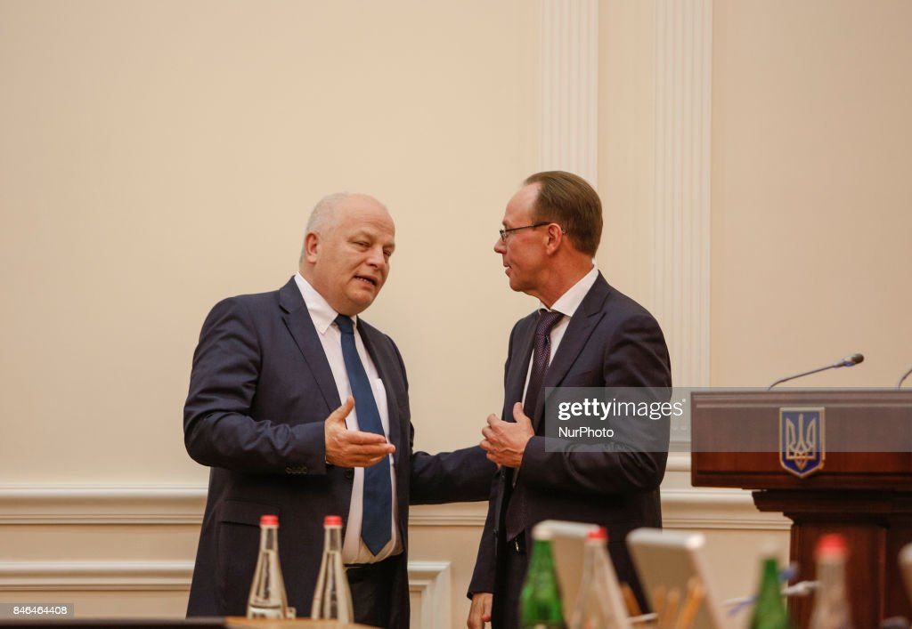 Ukrainian First Vice Prime Minister Stepan Kubiv (L) attends the Ukrainian government gathered for its session in Kyiv, Ukraine, September 13, 2017.