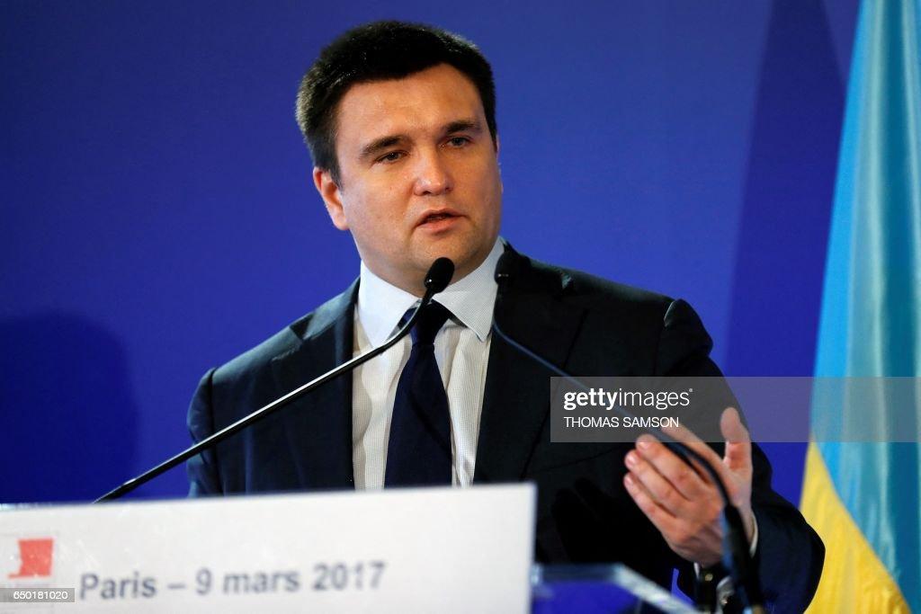 FRANCE-UKRAINE-POLITICS-DIPLOMACY : News Photo