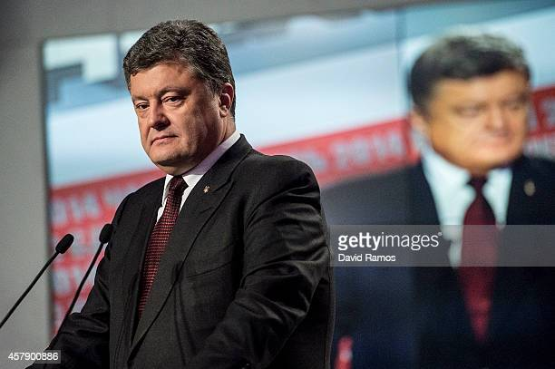 Ukrainian President Petro Poroshenko speaks to the media on October 26 2014 in Kiev Ukraine Although a low turn out is expected in the east of the...