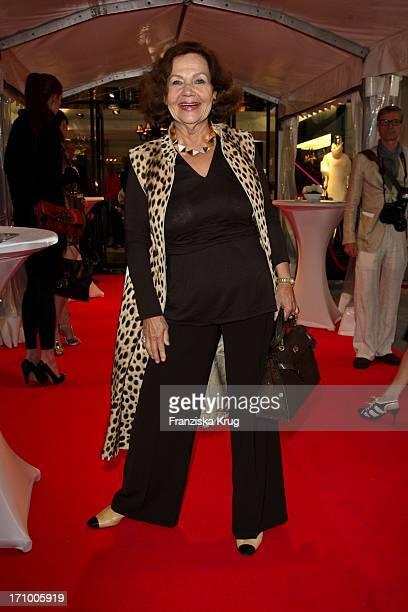 Ulla Klingbeil Bei Der Präsentation Der Herbst-Winter-Kollektion Von Mcm Bei Vogues Fashion'S Night Out In Berlin