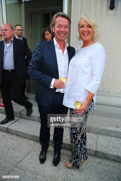 Ulla Kock am Brink Freund Prof Dr Peter Fissenewert bei dem > VBKI Sommerfest der Wirtschaft 2016 < im Kronprinzenpalais in Berlin