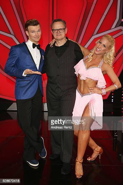 Ulli Potofski and Kathrin Menzinger smile during the 8th show of the television competition 'Let's Dance' on May 06, 2016 in Cologne, Germany.