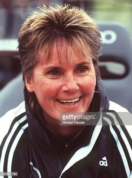 Trainer Tina THEUNE-MEYER/GER