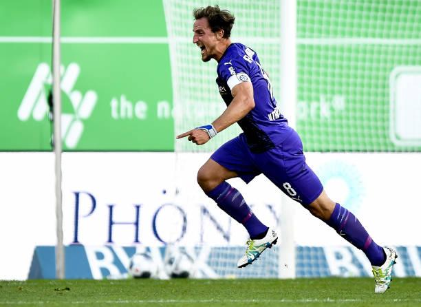 DEU: SpVgg Greuther Fürth v VfL Osnabrück - Second Bundesliga