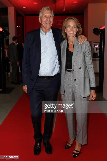 Ulrich Wickert and Julia Jaekel attend the Tag des Journalismus with Nannen Award 2019 at Gruner Jahr publishing house at Baumwall on May 25 2019 in...