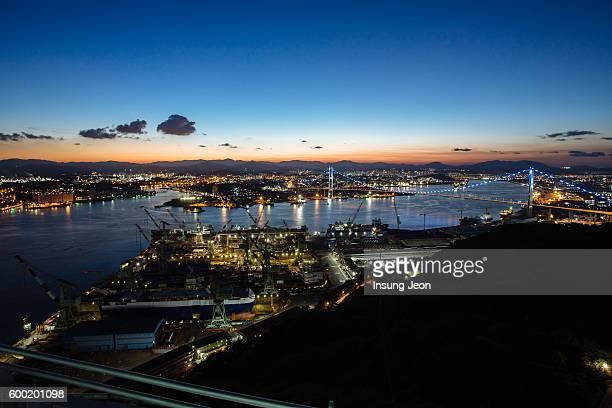 ulsan harbor bridge - 蔚山 ストックフォトと画像