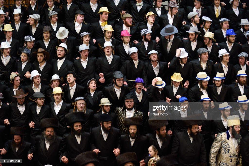 Ultra-Orthodox Jews celeberate Purim Holiday In Jerusalem : ニュース写真