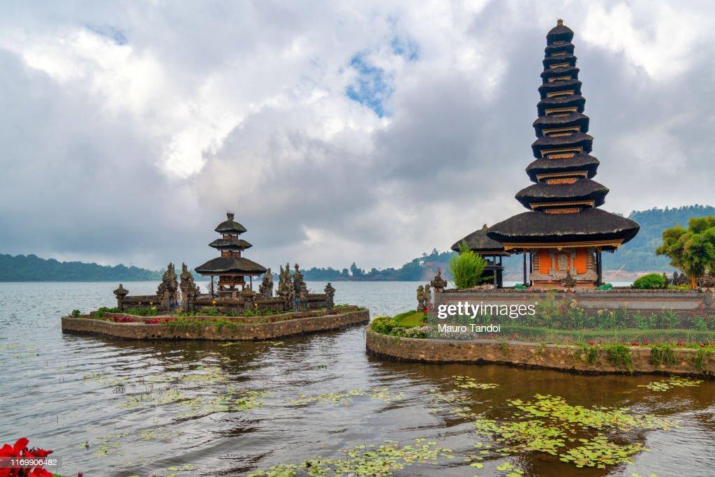 Ulun Danu Beratan Temple in Bali, Indonesia : Foto stock