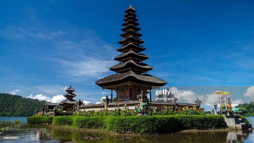 Ulun Danu temple : Stock Photo