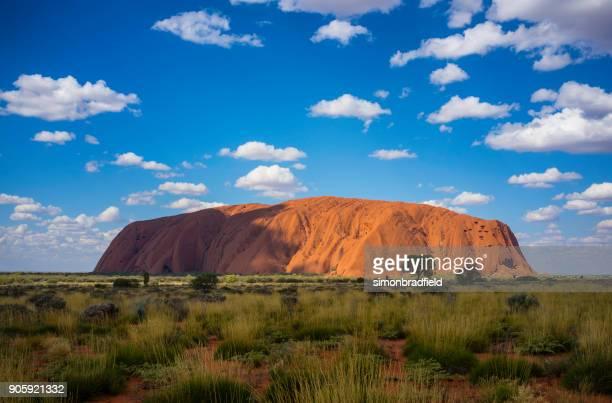 オーストラリアのエアーズロック(ウルル)の北部準州 - オーストラレーシア ストックフォトと画像