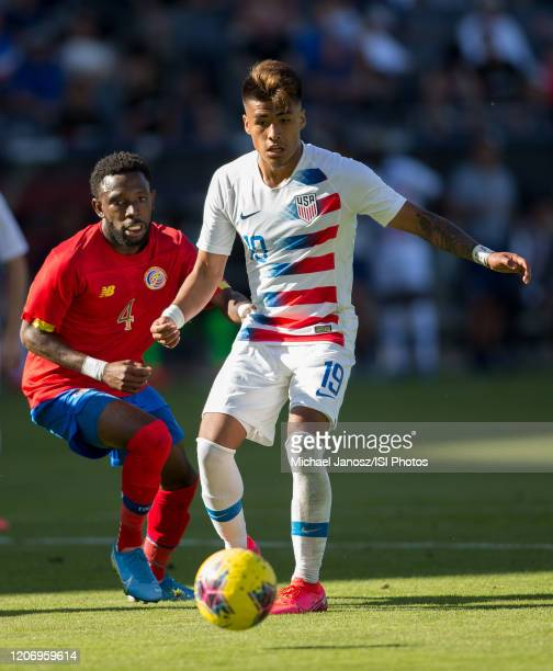 Ulysses Llanez Jr of the United States moves with the ball during a game between Costa Rica and USMNT at Dignity Health Sports Park on February 1...
