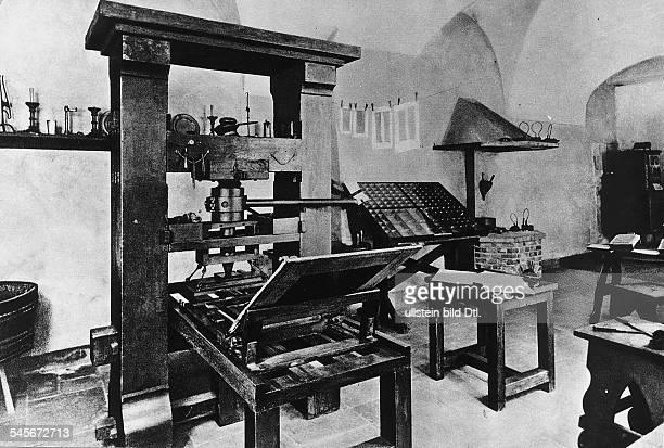 um 1394/99 1468Erfinder der Buchdruckkunst seine Druckerei aus dem Jahre 1440