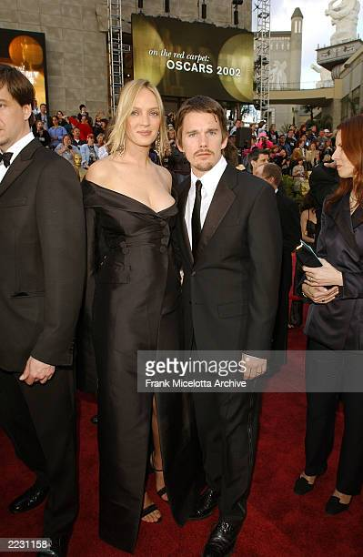 Uma Thurman and Ethan hawke arrives for the 74th Annual Academy Awards held at the Kodak Theatre in Hollywood Ca March 24 2002 2002ImageDirect...
