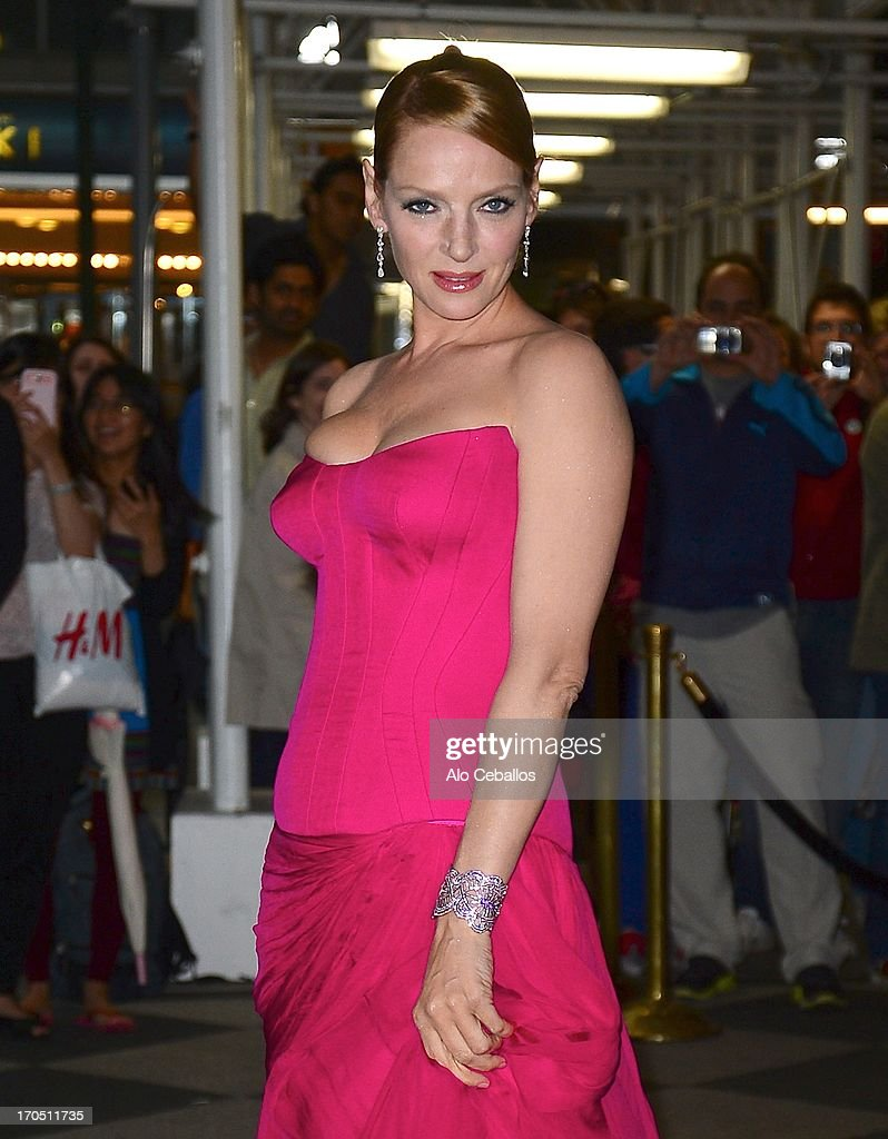 Uma Thurman arrives the 4th Annual amfAR Inspiration Gala New York at The Plaza Hotel on June 13, 2013 in New York City.