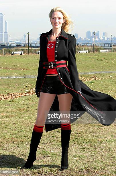 Uma Thurman during Uma Thurman and Luke Wilson on Location for Super Ex-Girlfriend - November 4, 2005 at Liberty State Park in Jersey City, New...