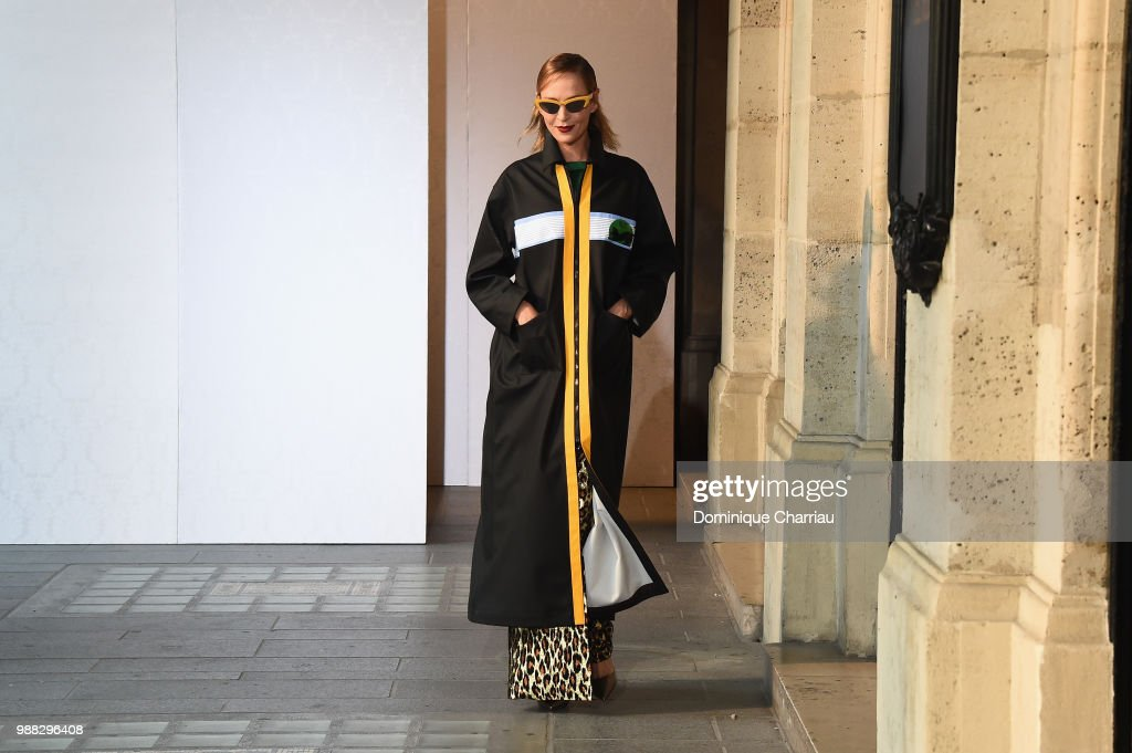uma-thurman-walks-the-runway-during-miu-miu-2019-cruise-collection-picture-id988296408