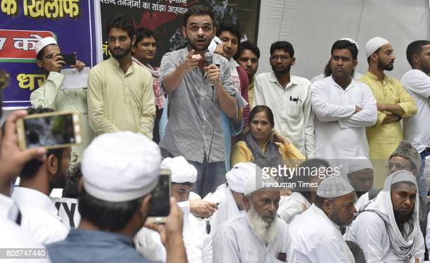 Umar Khalid addressing members of Muslim community and family members of mob lynching victims who were gathered during the protest against mob...
