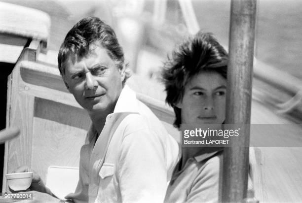 Umberto Agnelli en vacances avec sa femme la Princesse Allegra Caracciolo à bord de son voilier à Porto Rotondo en sardaigne le 18 juin 1979 Italie