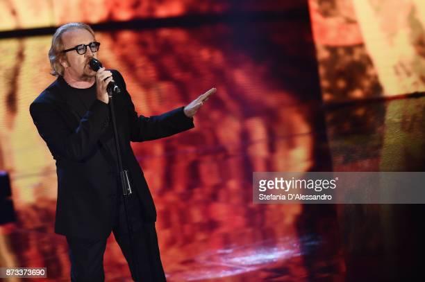 Umberto Tozzi performs at 'Che Tempo Che Fa' tv show at Rai Milan Studios on November 12, 2017 in Milan, Italy.