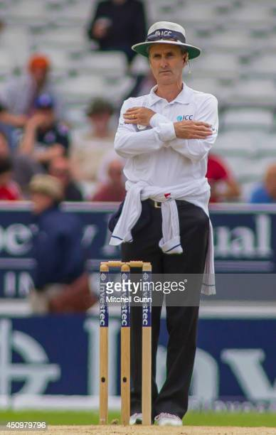 Umpire Billy Bowden signals a reverse decision after a TV review during the 2nd Investec Test Match day two between England and Sri Lanka at...