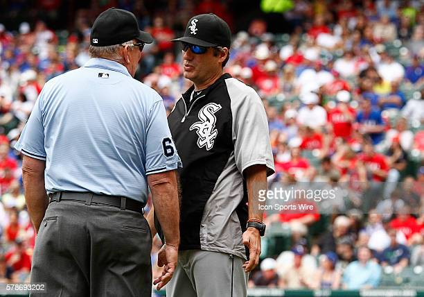 Umpire Bob Davidson and Chicago White Sox manager Robin Venture during a regular season MLB game between the Chicago White Sox and Texas Rangers at...