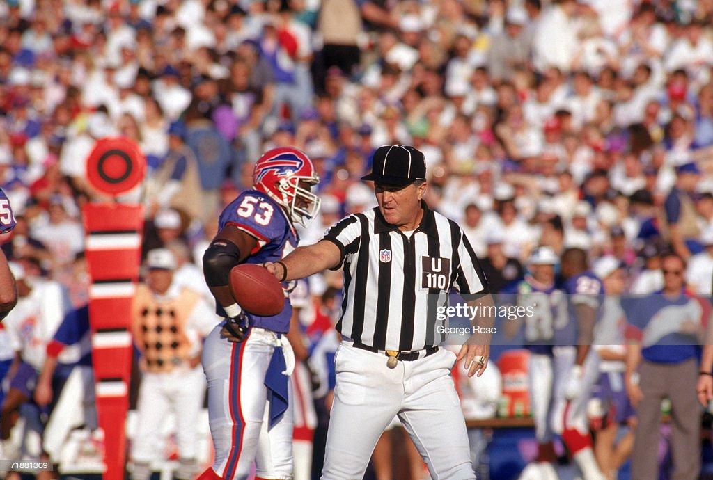 Super Bowl XXVII: Buffalo Bills v Dallas Cowboys : News Photo