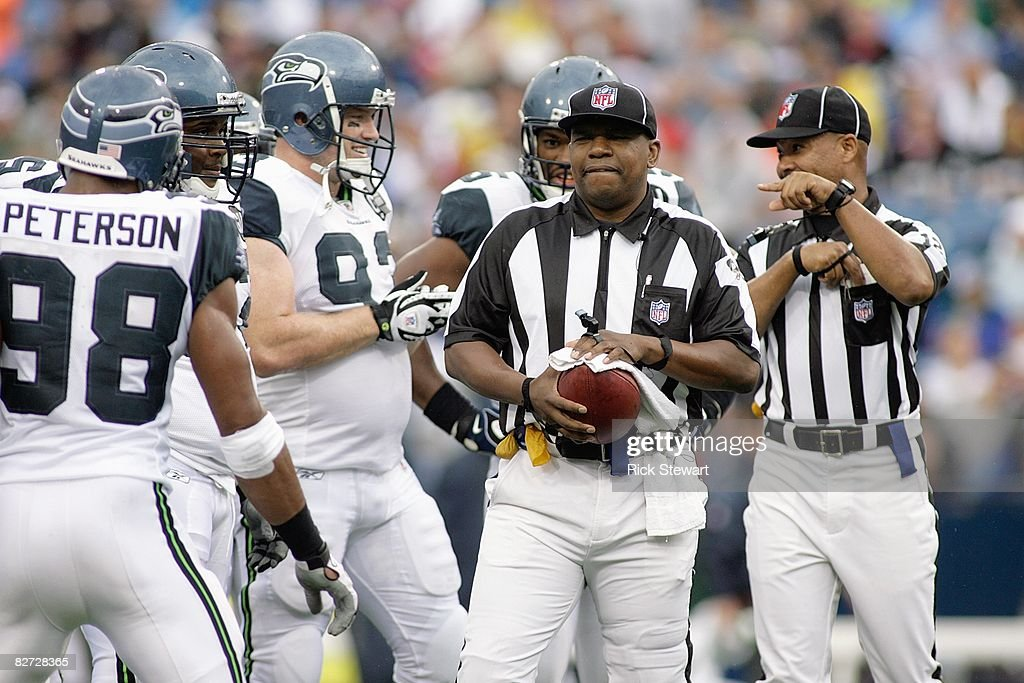 Seattle Seahawks v Buffalo Bills : News Photo