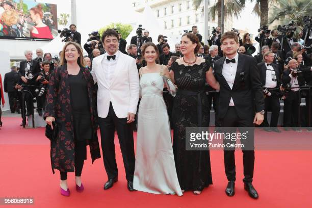 Un Certain Regard jury members Julie Huntsinger jury president Benicio Del Toro Virginie Ledoyen Annemarie Jacir and Kantemir Balagov attend the...
