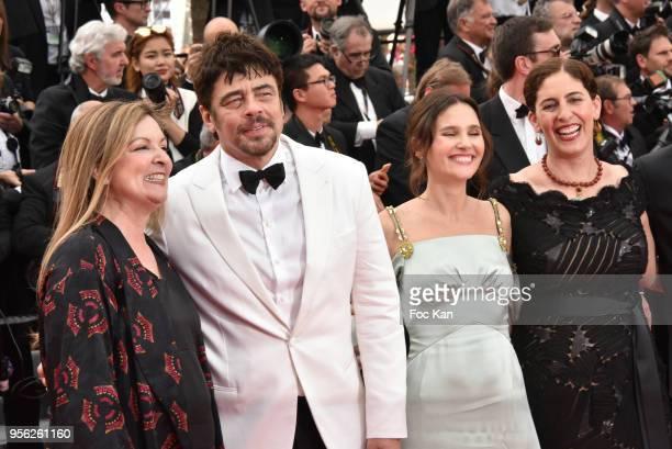 Un Certain Regard jury members Julie Huntsinger jury president Benicio Del Toro Virginie Ledoyen Annemarie Jacir attend the Premiere of 'Everybody...