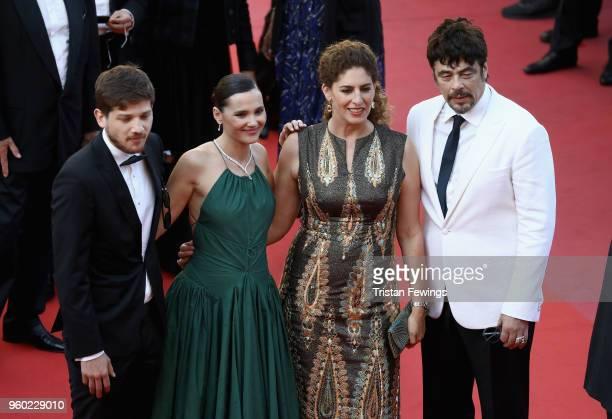 Un Certain Regard jury members Kantemir Balagov Annemarie Jacir Un Certain Regard president Benicio Del Toro with jury member Virginie Ledoyen attend...